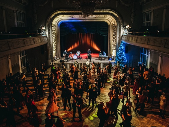 The Grand Christmas Ball