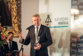 Riga Technical University Receives Award for Leadership in Innovation and Retains its Place in the Platinum Category of the Sustainability Index Assessment